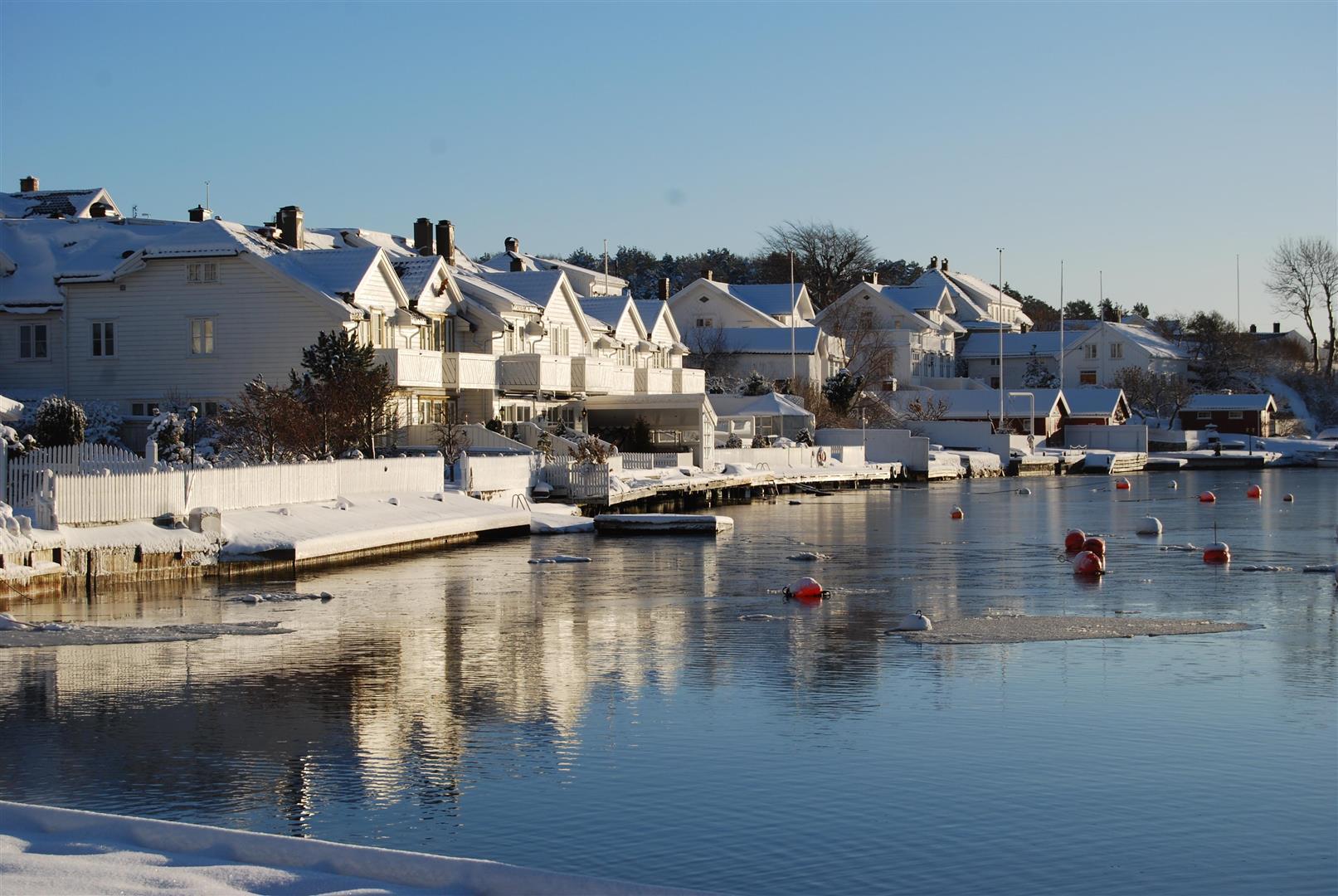 Oppsiktsvekkende Bilder fra Grimstad - Grimstad kommune MN-33